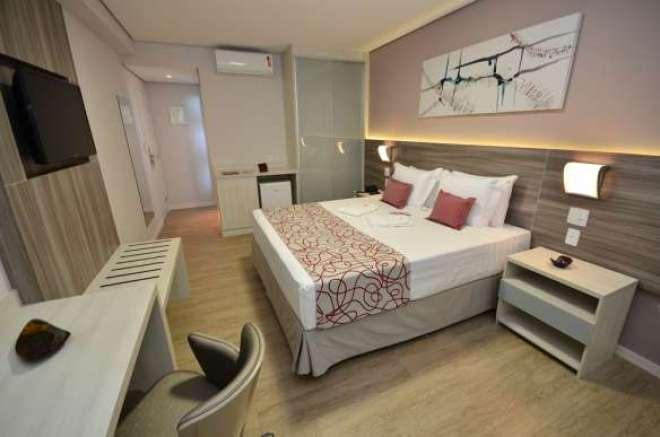 Apartamentos oferecem opções casal, single, twin e triplo.