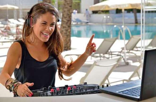 Música e mídias sociais são conceitos-chave para novo hotel destinado ao público jovem.