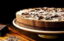 Entre as delícias do Festival está esta irresistível Torta Tri Mousse, do Gula Gula.