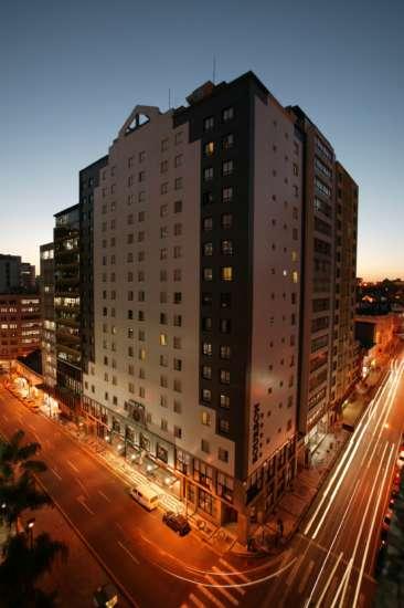 O Bourbon Curitiba recebeu o Jacaré de Prata como Melhor Hotel com Espaço para Eventos de Médio Porte, na região Sul.
