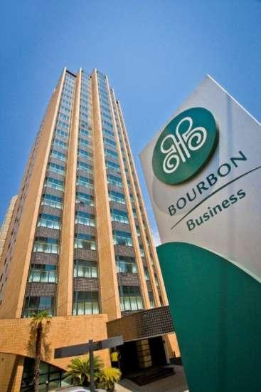 Hotel está localizado próximo aos kartódromos que recebem as etapas dos campeonatos e oferece estadia com muito conforto e praticidade.