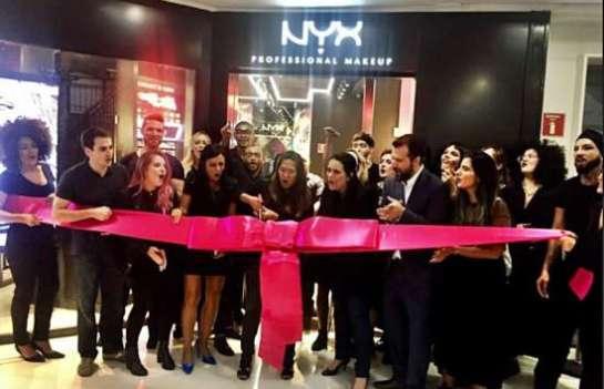 NYX Professional Make-Up inaugura sua primeira loja conceito em São Paulo 2c80c5133d