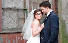 Para quem quiser, uma dica é adquirir uma armação exclusiva para o dia do casamento, porém que não vá contra a sua personalidade.