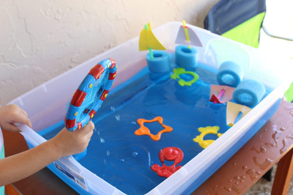 Water Play Sensory Bin for Toddlers using Bath Toys