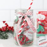 HOLIDAY HUSTLE + SIMPLE MASON JAR GIFTS