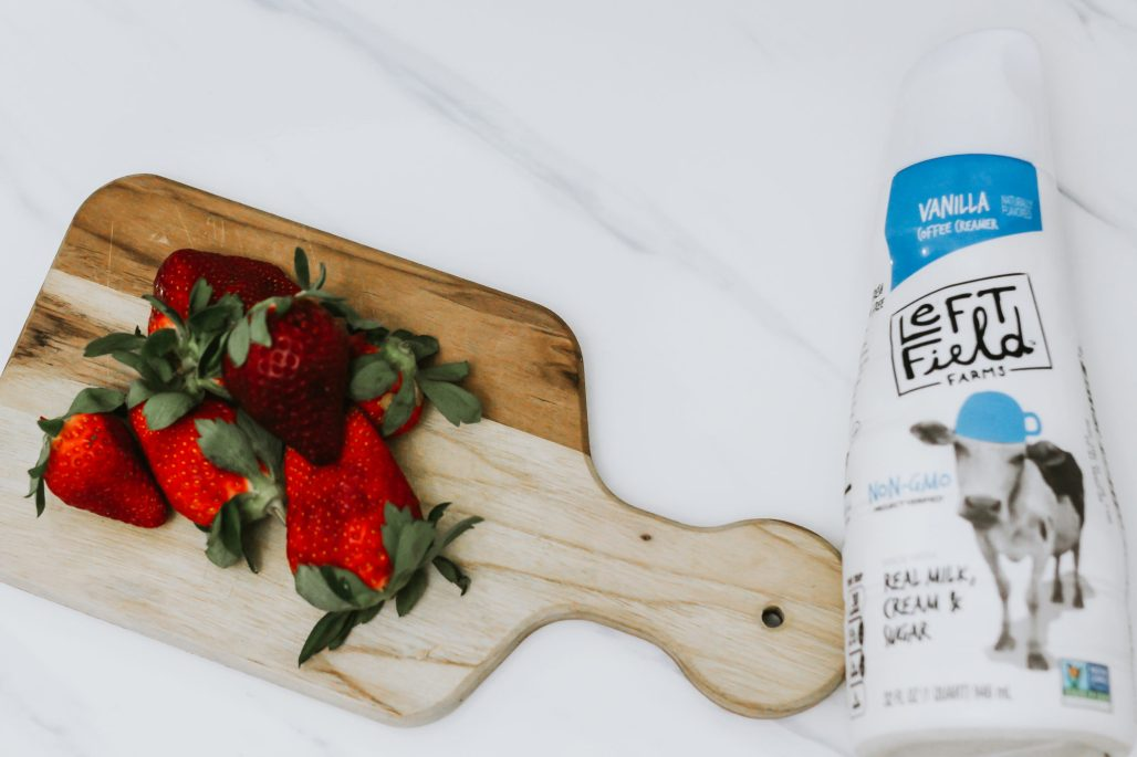 #AD #LeftFieldFarms Thick, creamy Strawberry and Cream Milkshake made with non-GMO vanilla coffee creamer instead of ice cream. Learn more > https://ooh.li/012fe91