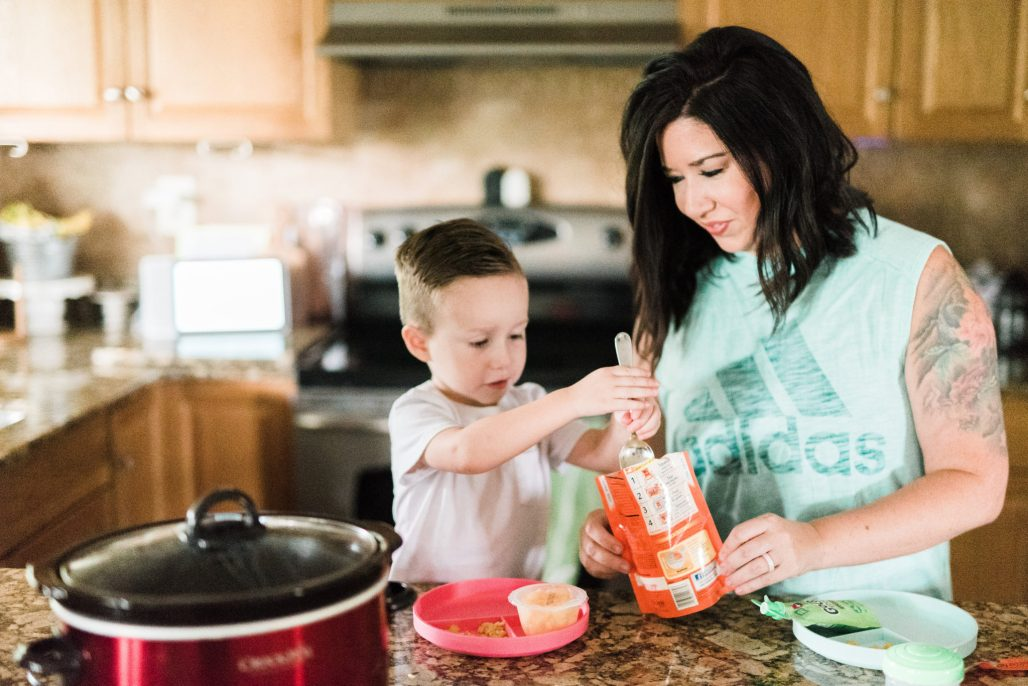 working mom routine, evening routine for working moms, busy mom night routine, Tampa parenting blog mothers blog motherhood blog Florida travel blogger travel influencer healthy mom blogger spring hill florida lifestyle parenting blog best mom blog 2018