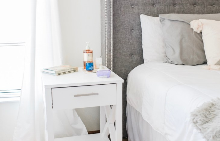 THE 5 MINUTE NIGHT TIME SKINCARE ROUTINE FOR TIRED MOMS