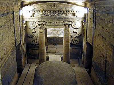 185_alexandria_catacombs_principal_tomb