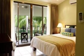 Vista Ocotal 3Bedrrom - Second Floor Front Bedroom