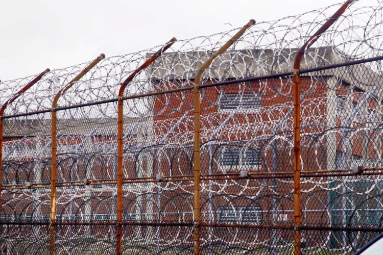 solitary_confinement_rikers_island-1