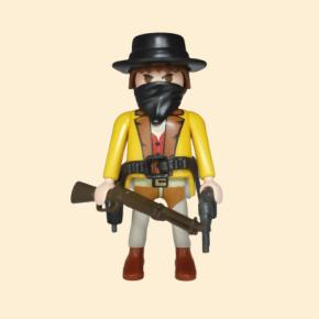 Bandit, veste jaune et chapeau noir