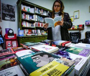 Los jóvenes se interesan por los autores extremeños