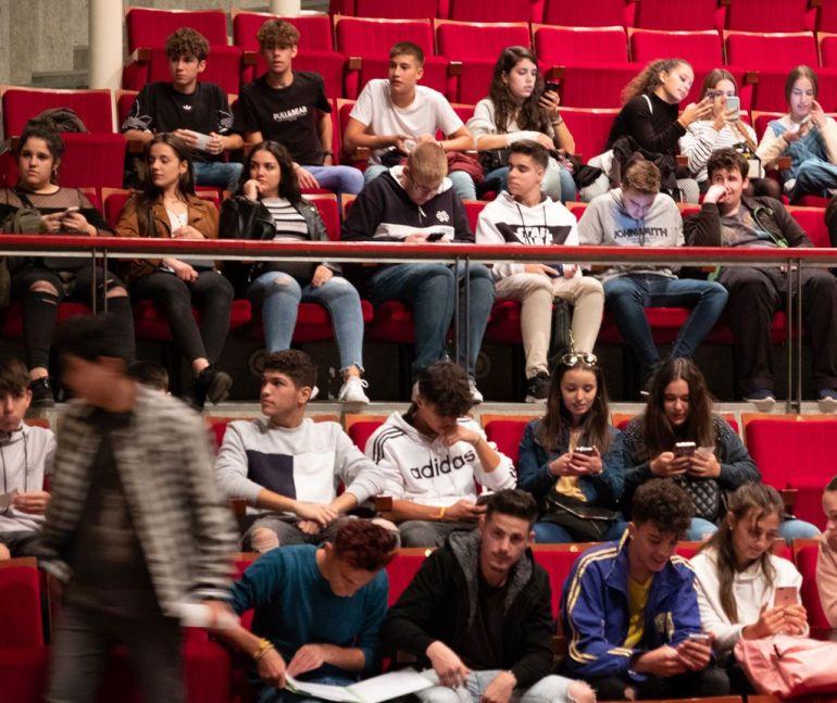 jóvenes teatro López de Ayala
