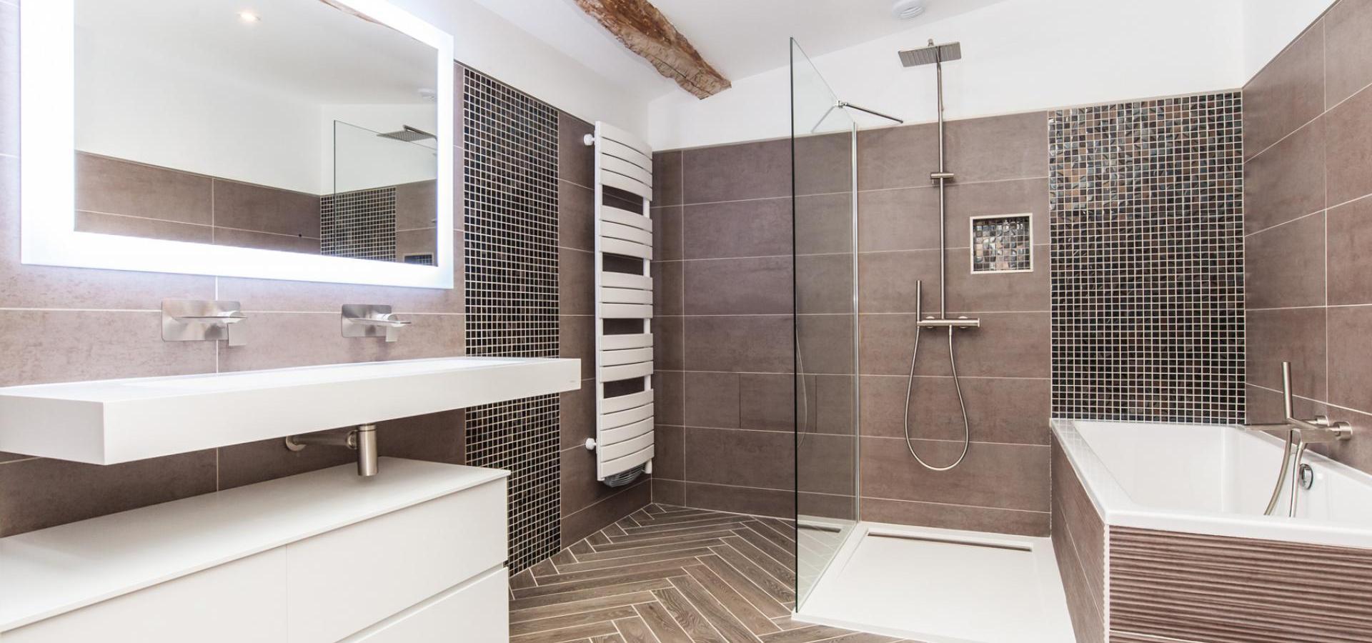 salle de bain carrelage faience a