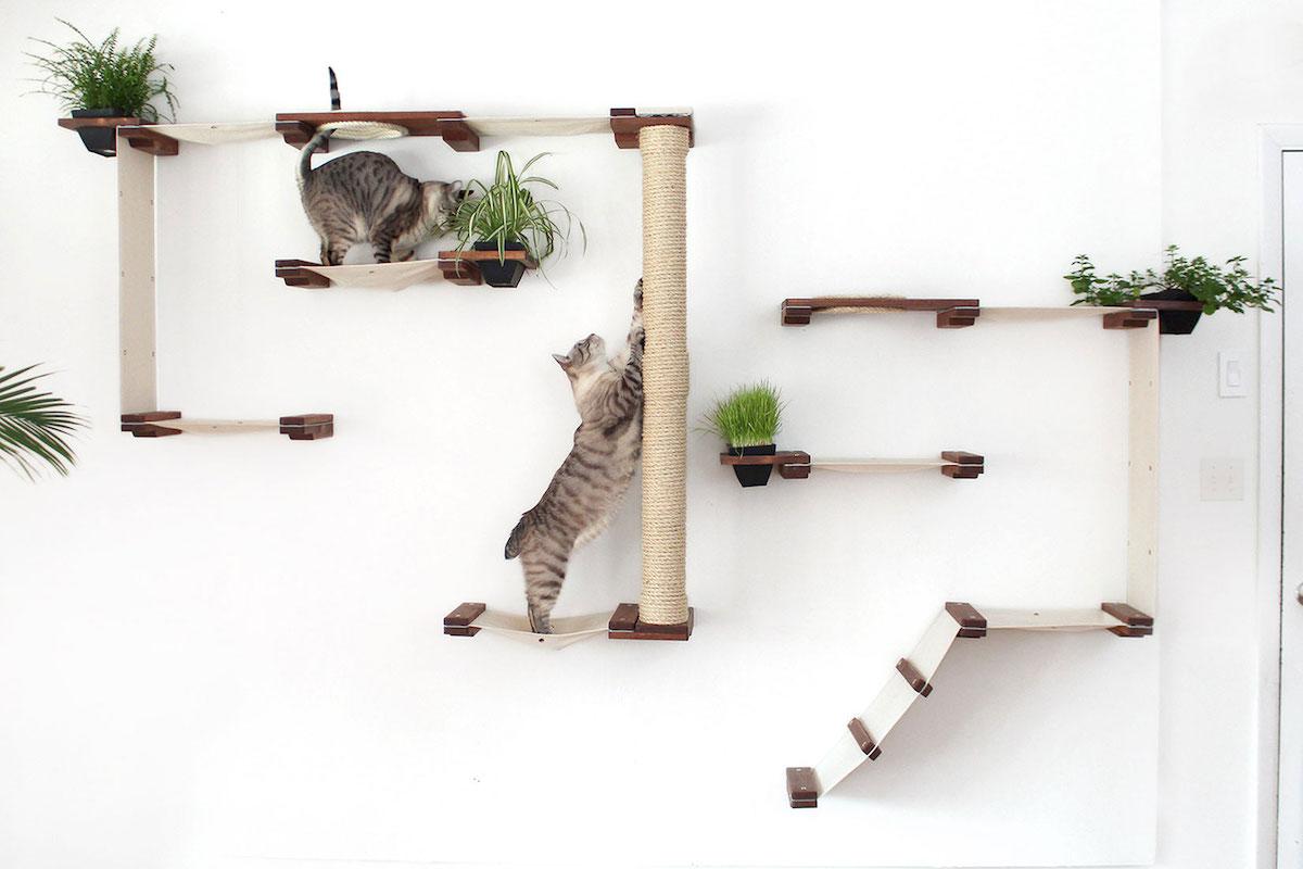 Arbre A Chat Mural Design ces accessoires se fixent sur vos murs pour créer un arbre à