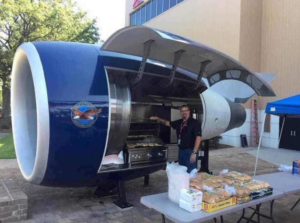 Réacteur Avion Barbecue Grill
