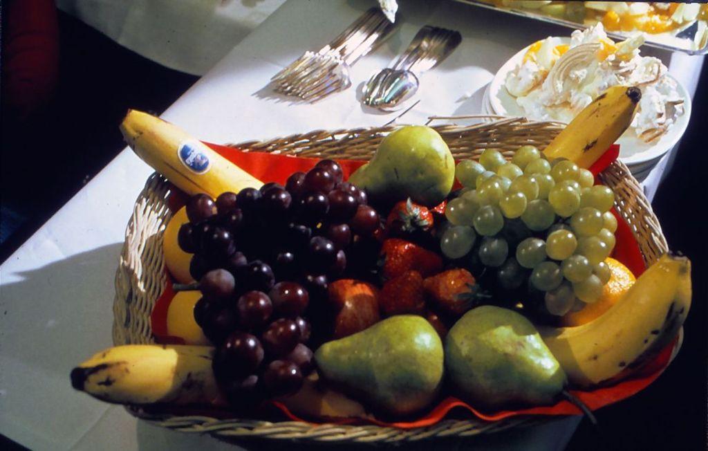 Cette compagnie aérienne scandinave montre à quoi ressemblaient les repas dans les années 1950 ! By Mélanie D. Sas-compagnie-aerienne-repas-18