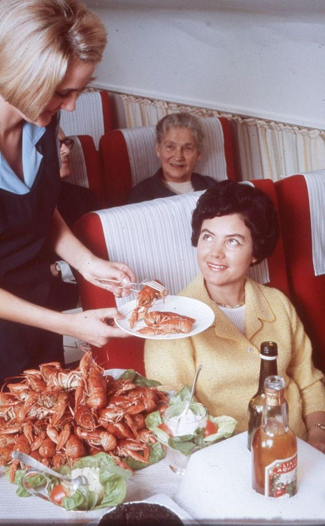 Cette compagnie aérienne scandinave montre à quoi ressemblaient les repas dans les années 1950 ! By Mélanie D. Sas-compagnie-aerienne-repas-22