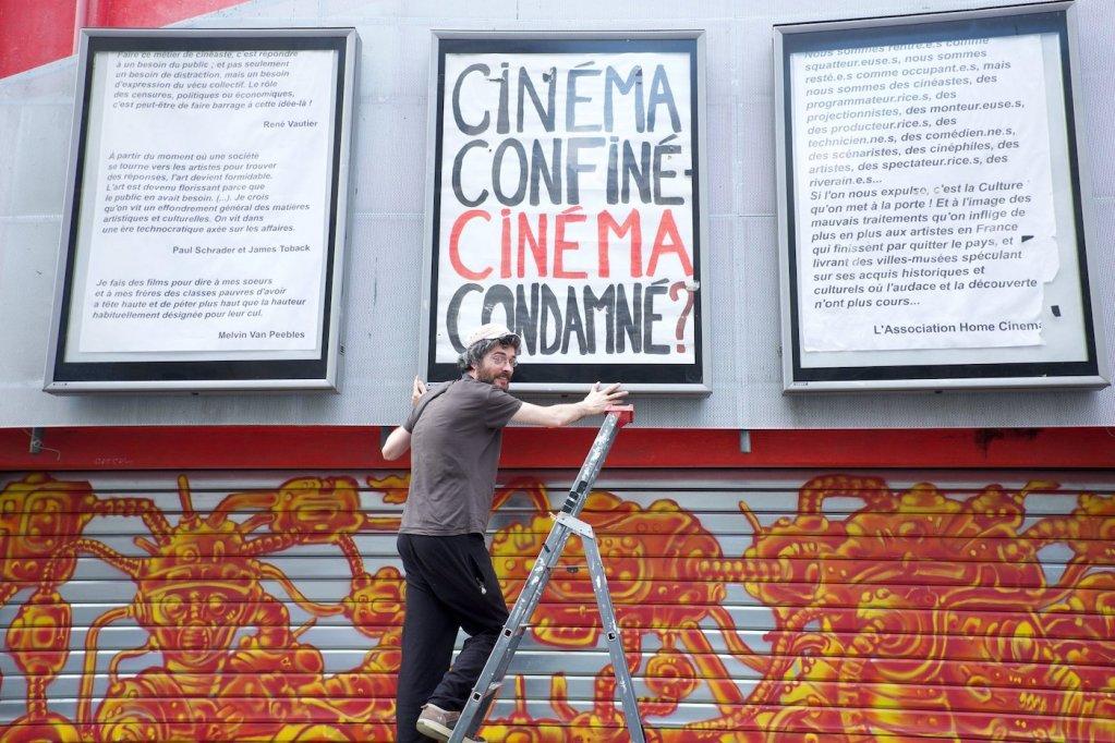 Paris : le cinéma La Clef projette des films sur un mur pour le confinement