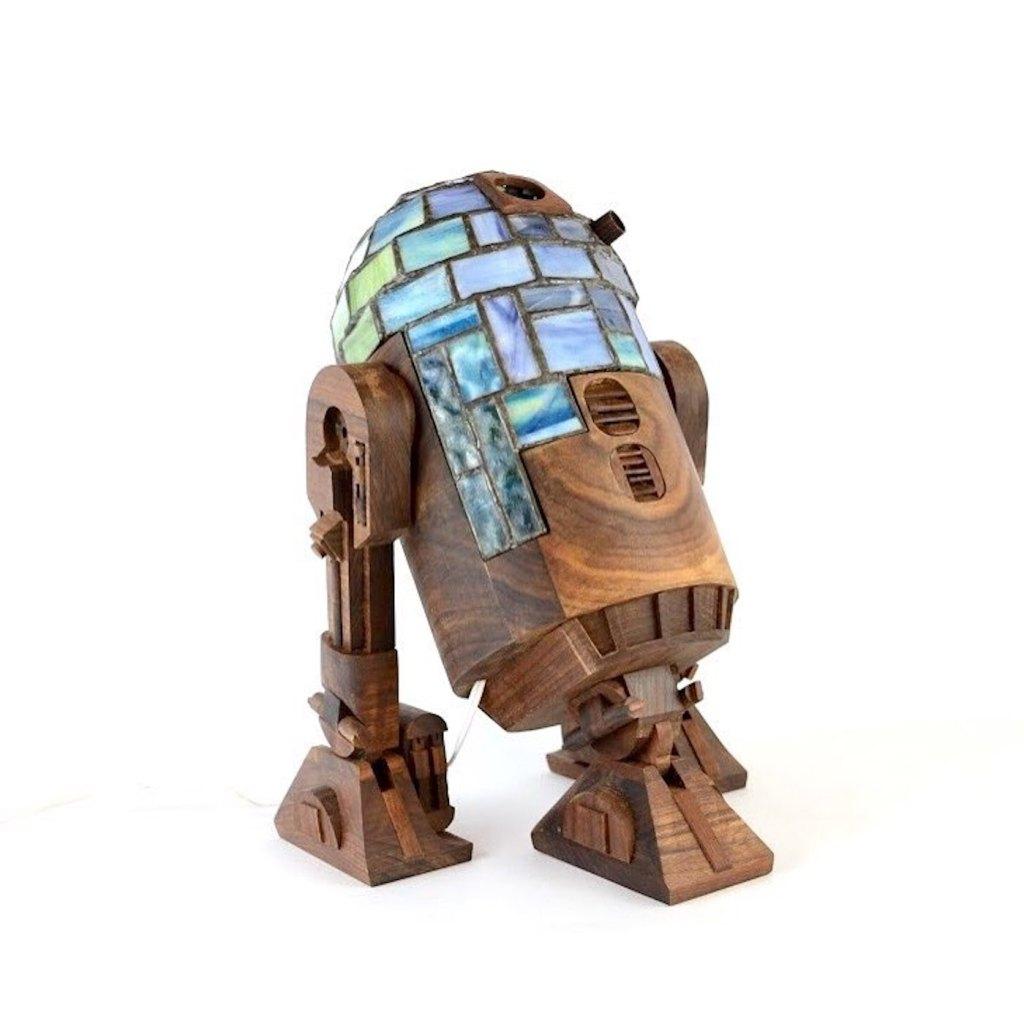 Des lampes Star Wars aux détails incroyables conçues avec des vitraux