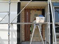 玄関工事の模様