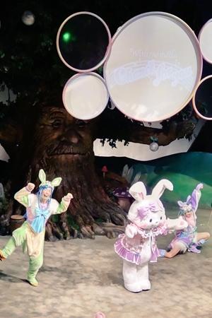 サンリオピューロランドにある『喋る木』