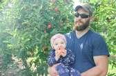 Family Apple Picking Portraits at Beak And Skiff Orchards | LaFayette NY
