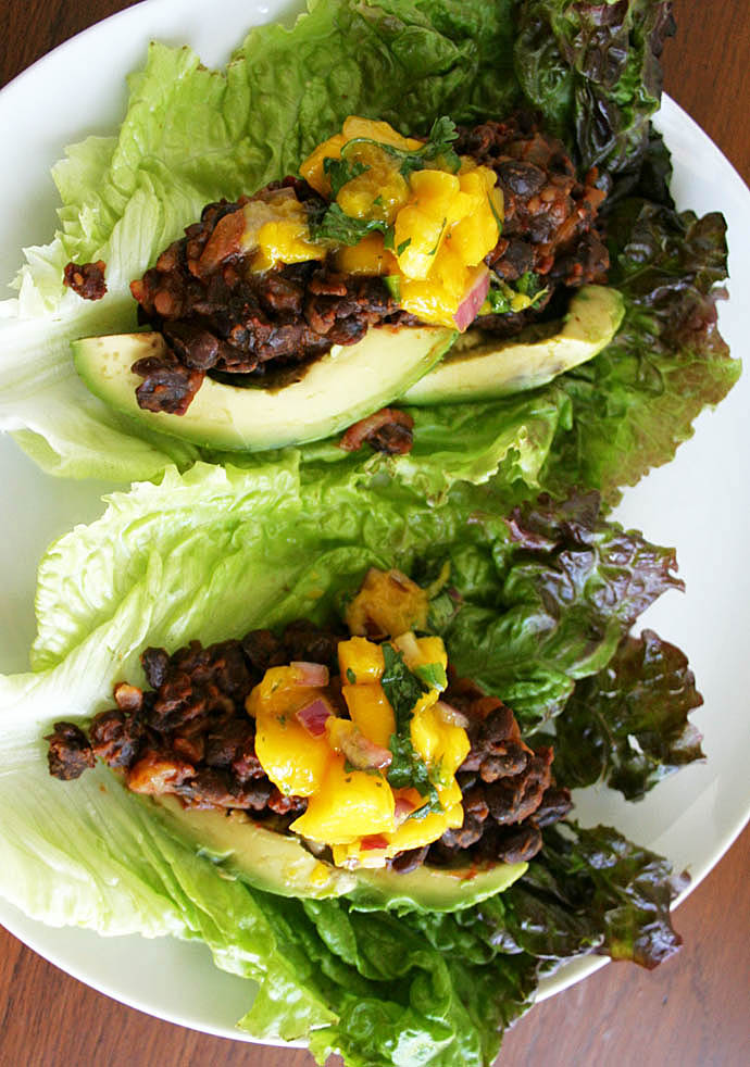 Maple Chipotle Black Bean Lettuce Wraps with Mango Salsa (vegan, gluten free) - These sweet, smoky, and spicy wraps are loaded with flavor. Perfect for a light lunch!