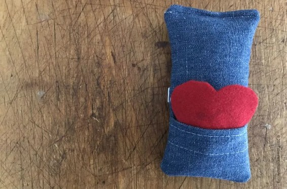 Tutorial on how to make an aromatherpy chemo port pillow