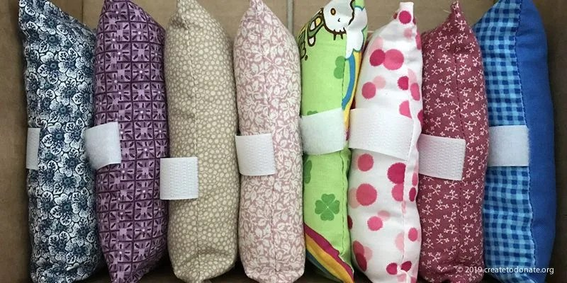 Port pillow variety with patterned fabric