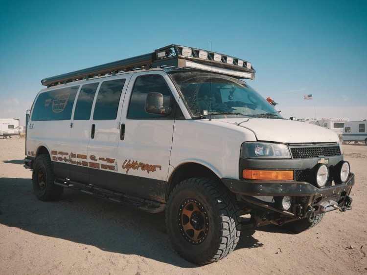 Weldtec Designs 4x4 Chevy Express Conversion