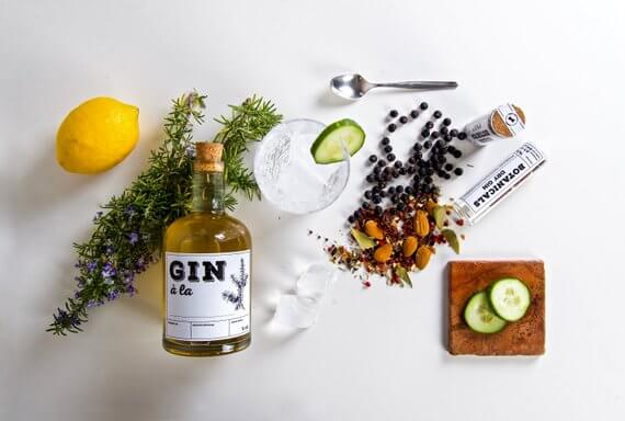 "Shop Small This Holiday Season: Gift The original ""Make your own Gin"" Kit from GentlemansNeeds on Etsy for under $50! #giftguide #shopsmall #shophandmade"