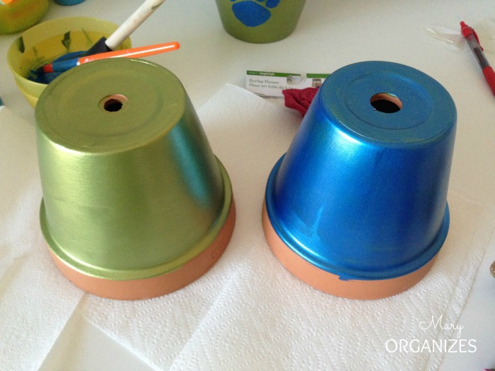 Back to School Teacher Gifts - paint the flower pots