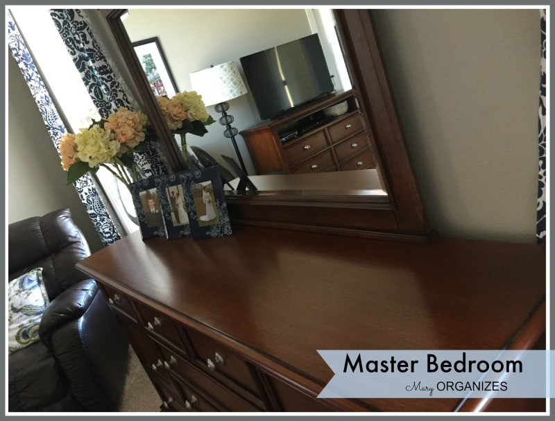 Mary ORGANIZES - Master Bedroom Tour 4