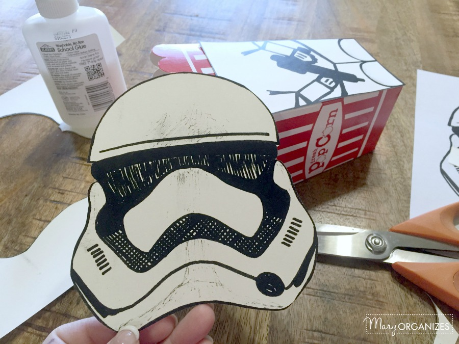 star-wars-stormtrooper-popcorn-box-free-printable-easy-to-make