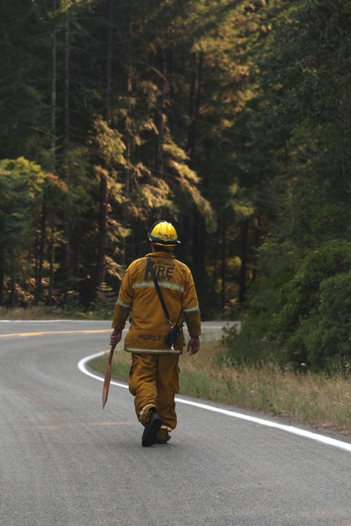 albany fire crew stouts fire
