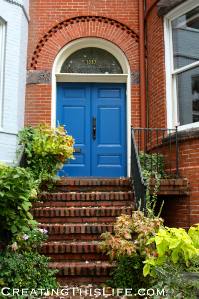 georgetown doorway blue