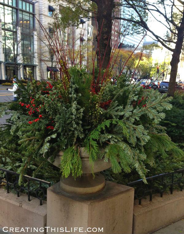 Chicago Michigan Avenue Christmas decorations