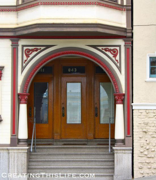 San Francisco-Wooden-Doorway
