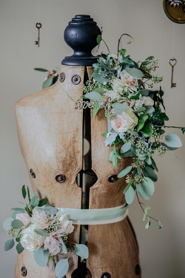 NATI, créations d'une rêveuse - prêt à porter féminin, vêtements pour femmes - retouches et réparations - image par Thomas William sur Unsplash