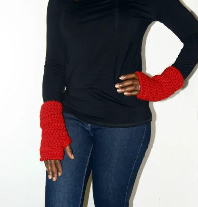 chunky soft fingerless gloves on hips