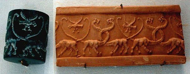 Long necked creature seal, Louvre, wikimedia