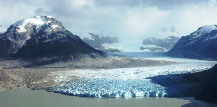 Baker Glacier, Chile, photo credit: Roberto Araya Barckhahn