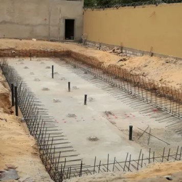 Ferraillage murs piscine débordement Nouakchott
