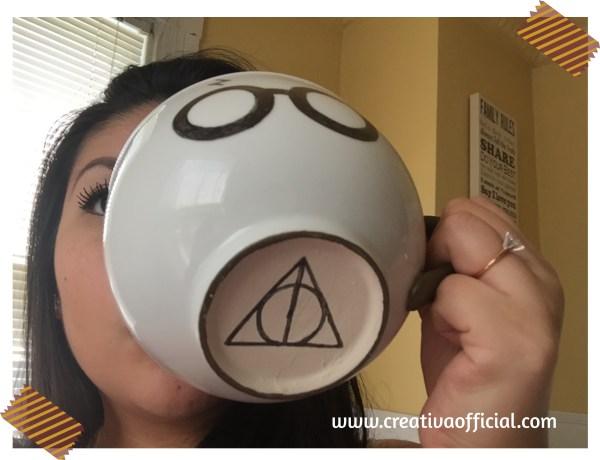 Jajaja! la taza es tan grande, que cubre toda mi cara xD