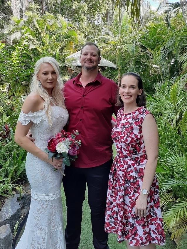 Fun Brisbane Celebrant with bride and groom