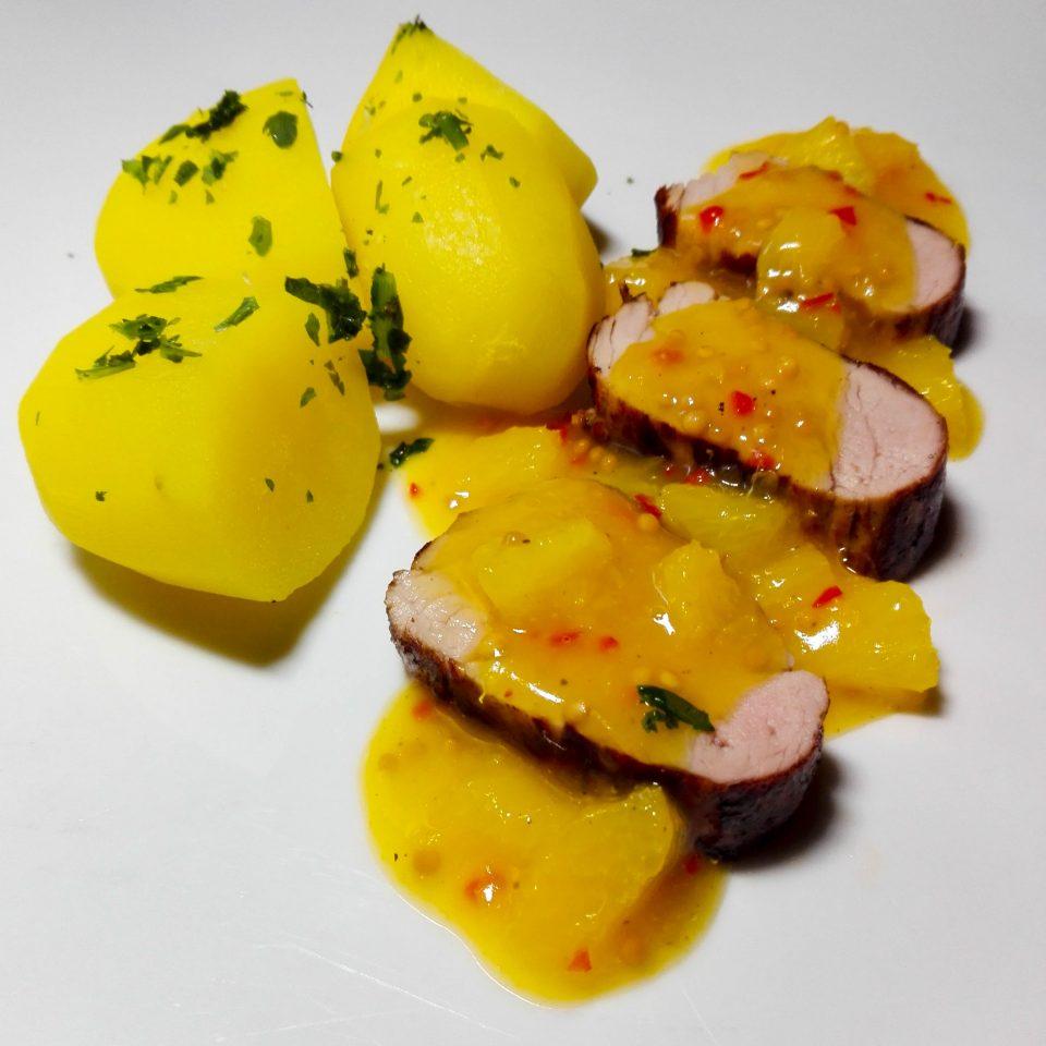 Fruchtiges Schweinefilet mit Honig-Senf Sauce