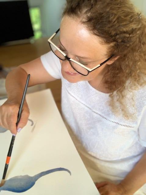 du siehst mich hier beim malen des aquarells seepferdchen