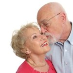 oldercouplekissing